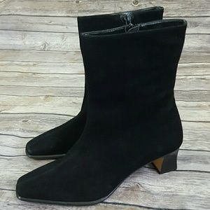 ETIENNE AIGNER Black Suede Leather CAMERA Booties